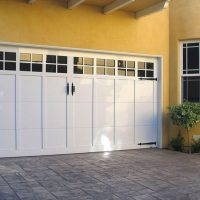 PINNACLE ALUMINUM - MARTIN DOOR